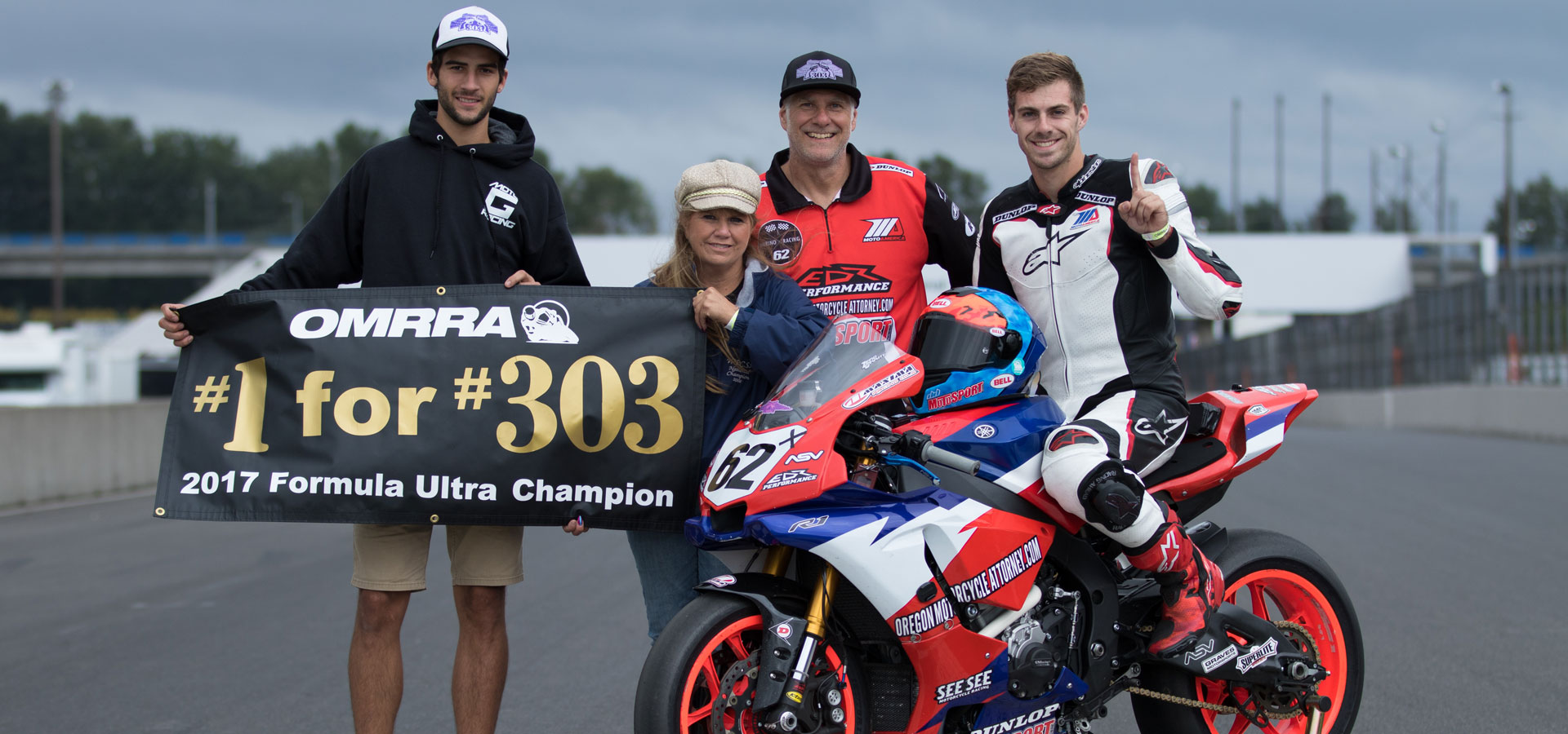 Andy with his family and friend Devon Formula Ultra champ for #303 Kelly Johnson
